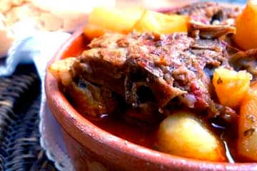 consomé de carne ecuatoriano