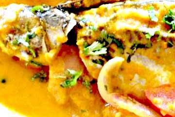 sudado de pescado ecuatoriano