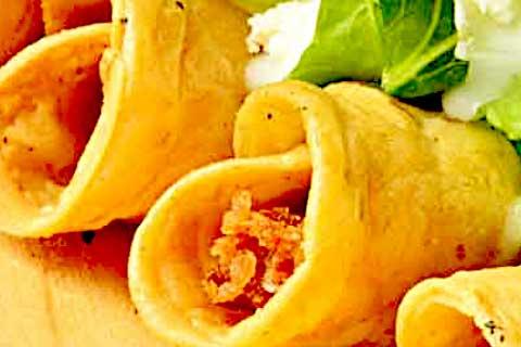 tacos dorados de zanahoria